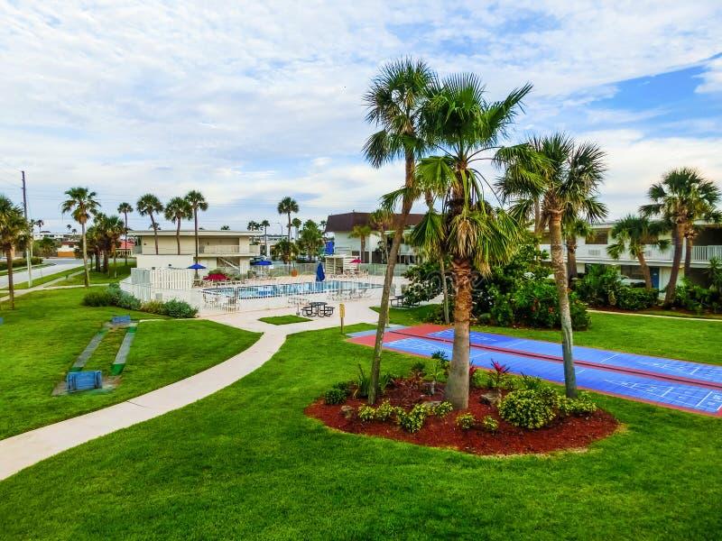 Playa del cacao, los E.E.U.U. - 29 de abril de 2018: El motel 6 en la playa del cacao, la Florida, los E.E.U.U. fotos de archivo libres de regalías