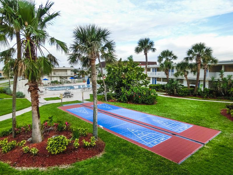 Playa del cacao, los E.E.U.U. - 29 de abril de 2018: El motel 6 en la playa del cacao, la Florida, los E.E.U.U. imagen de archivo