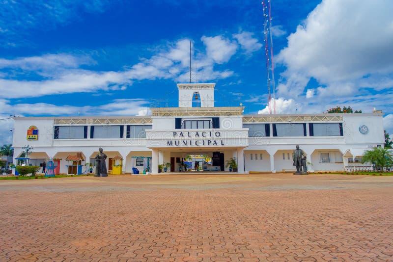 PLAYA DEL CARMEN, MEXIKO AM 1. JANUAR 2018: Eingang zum städtischen Palast im Playa del Carmen, Riviera-Maya, Mexiko in a lizenzfreie stockbilder