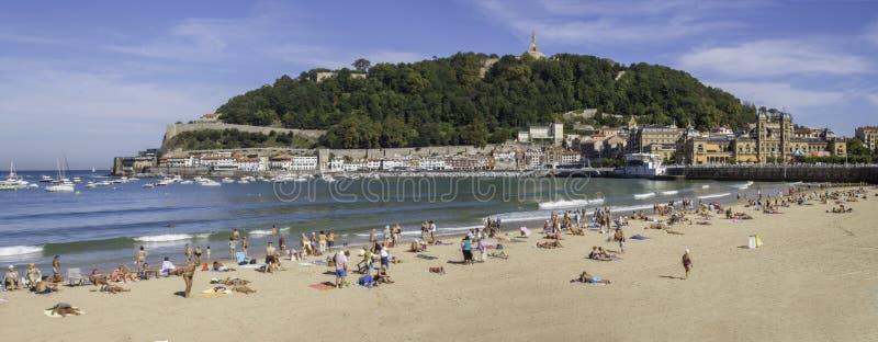Playa del Concha del La en San Sebastián, España imágenes de archivo libres de regalías