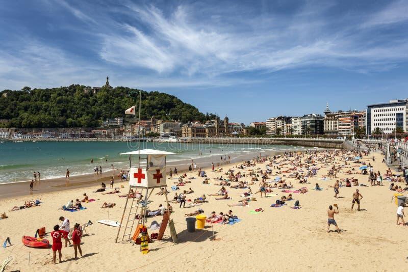 Playa del Concha del La en San Sebastián, España imagen de archivo