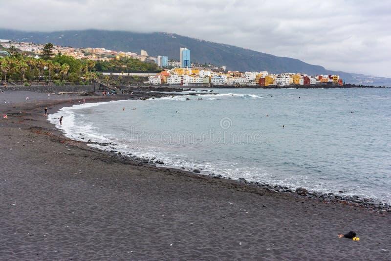 Playa del Cruz en Tenerife en las islas Canarias España imagen de archivo