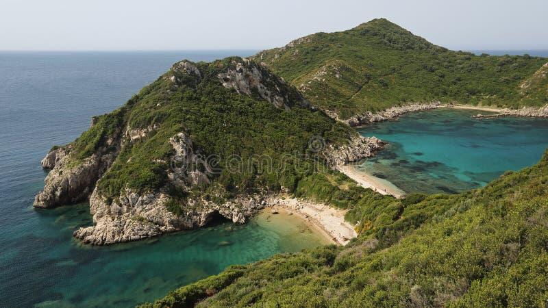 Playa del doble de Oporto Timoni, Corfú, Grecia foto de archivo