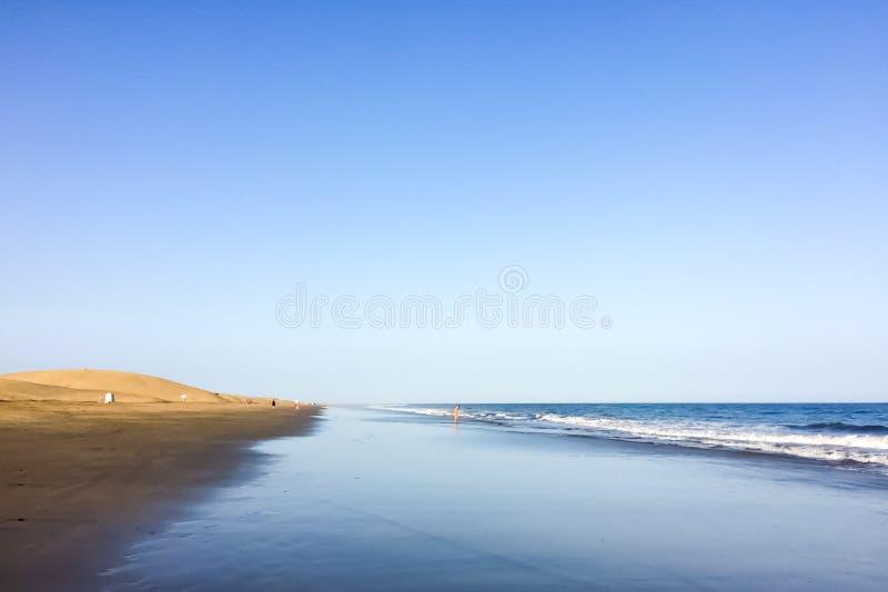 Playa del Ingles na ilha de Gran Canaria imagem de stock royalty free