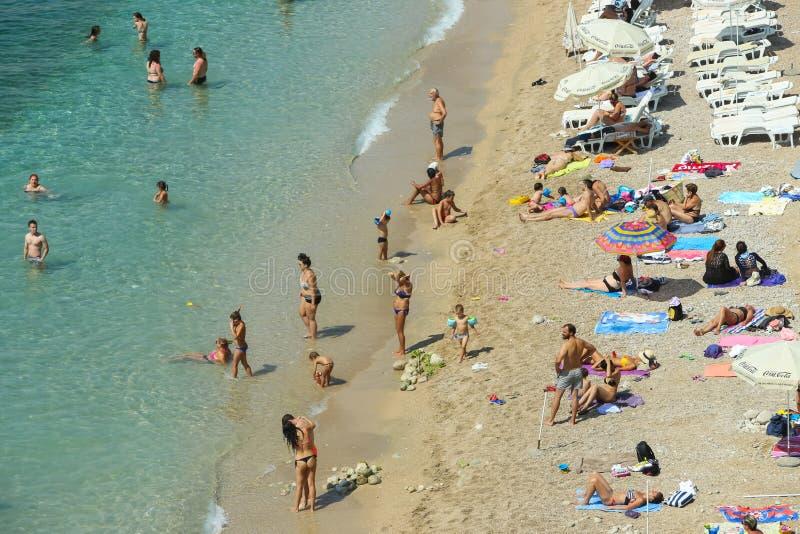 Playa del mar de Banje en Dubrovnik fotos de archivo libres de regalías