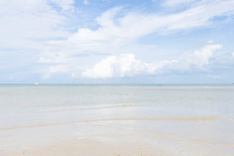 Playa del mar y de la arena foto de archivo