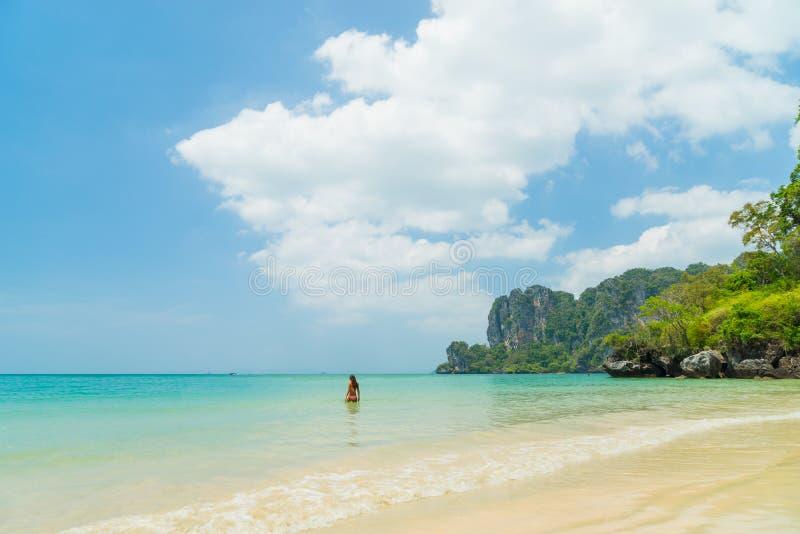 Playa del oeste de Railay en Ao Nang, Krabi Tailandia imagen de archivo