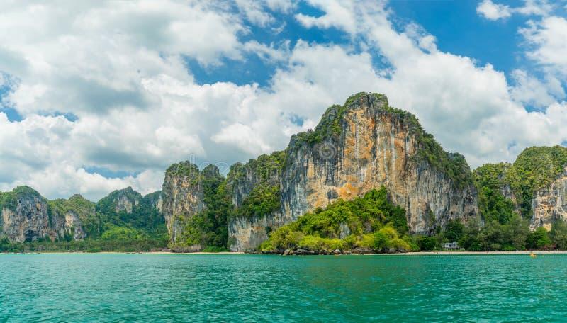 Playa del oeste de Railay en Ao Nang, Krabi Tailandia foto de archivo libre de regalías