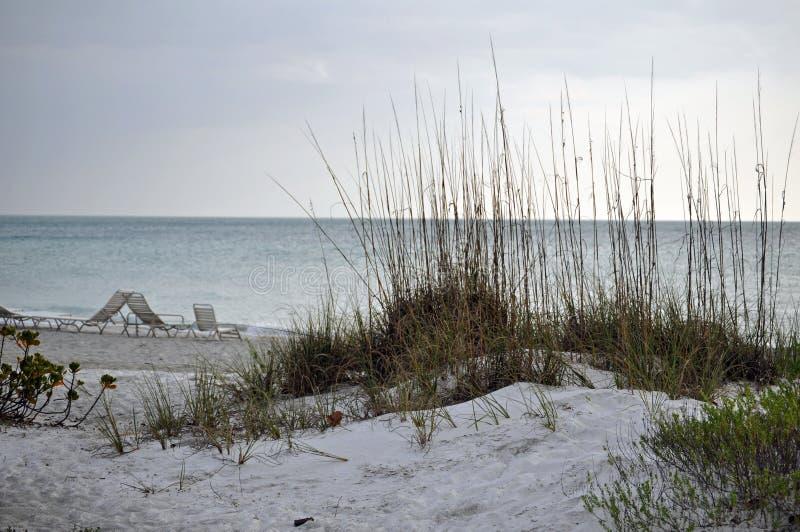 Playa dominante de la lancha imagen de archivo