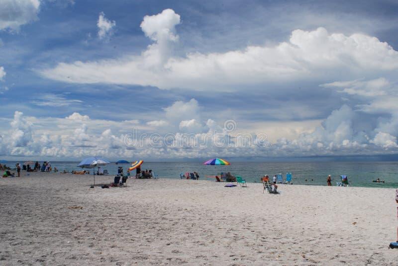 Playa dominante de la siesta en Sarasota la Florida fotos de archivo
