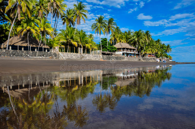 Playa El Zonte, Сальвадор стоковое фото rf