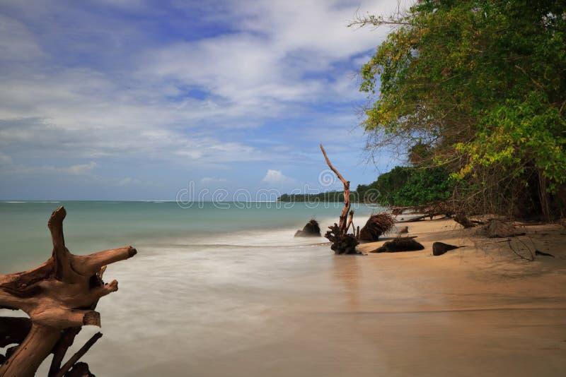 Playa en Costa Rica foto de archivo libre de regalías