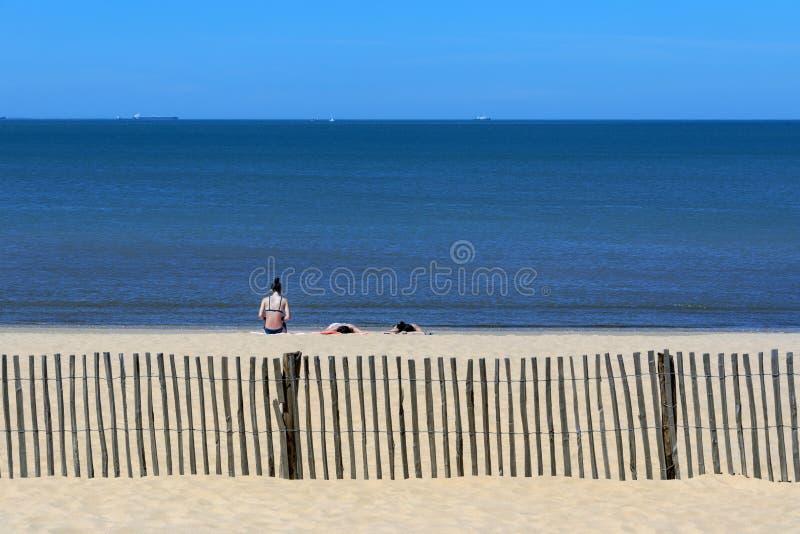 Playa en el Plage de Chatelaillon cerca de La Rochelle - Francia imagen de archivo libre de regalías