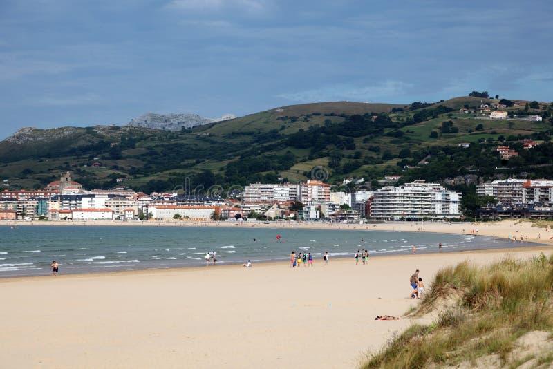 Playa en Laredo, Cantabria, España imágenes de archivo libres de regalías