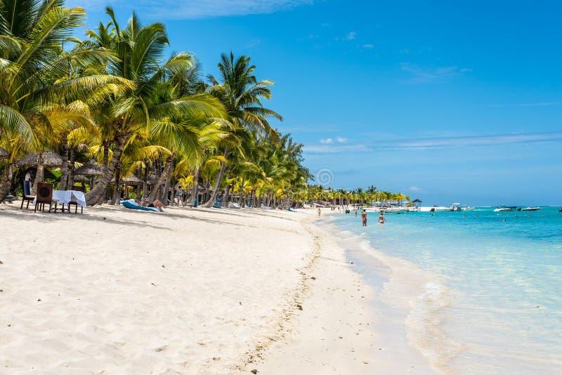 Playa en Le Morne Brabant, Mauricio fotografía de archivo libre de regalías