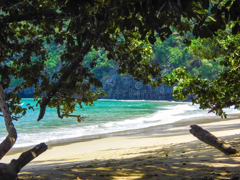 Playa en Palawan imagen de archivo libre de regalías