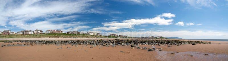 Playa en Seascale, Cumbria. Inglaterra imagen de archivo