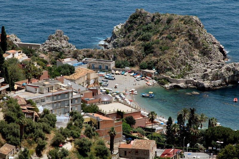 Playa en Taormina, Sicilia fotografía de archivo libre de regalías