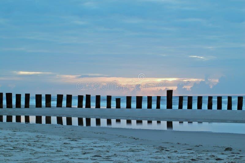 Playa en Wangerooge Northsea imagen de archivo