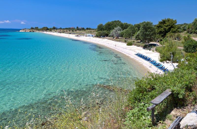 Playa escénica en Chalkidiki en Grecia imagenes de archivo