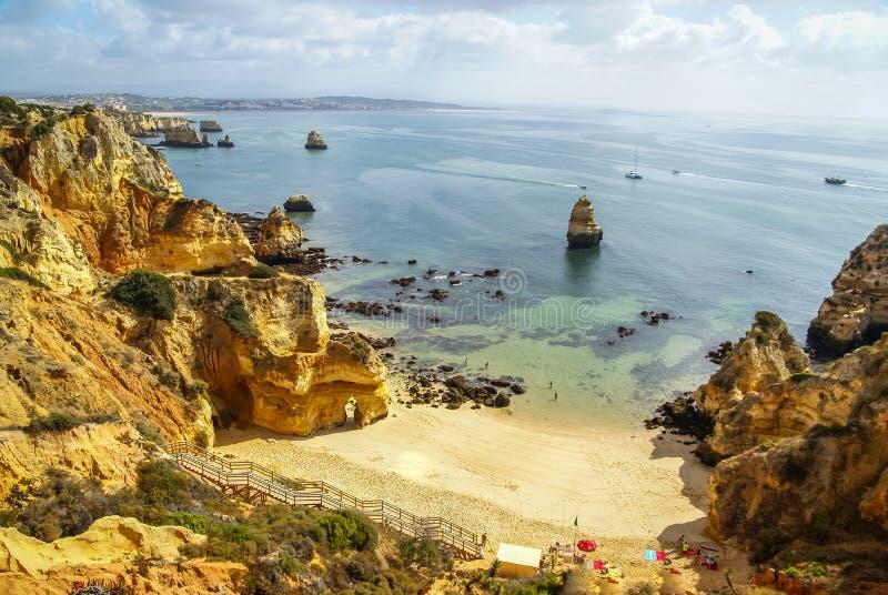 Playa escénica en Lagos, Portugal imágenes de archivo libres de regalías