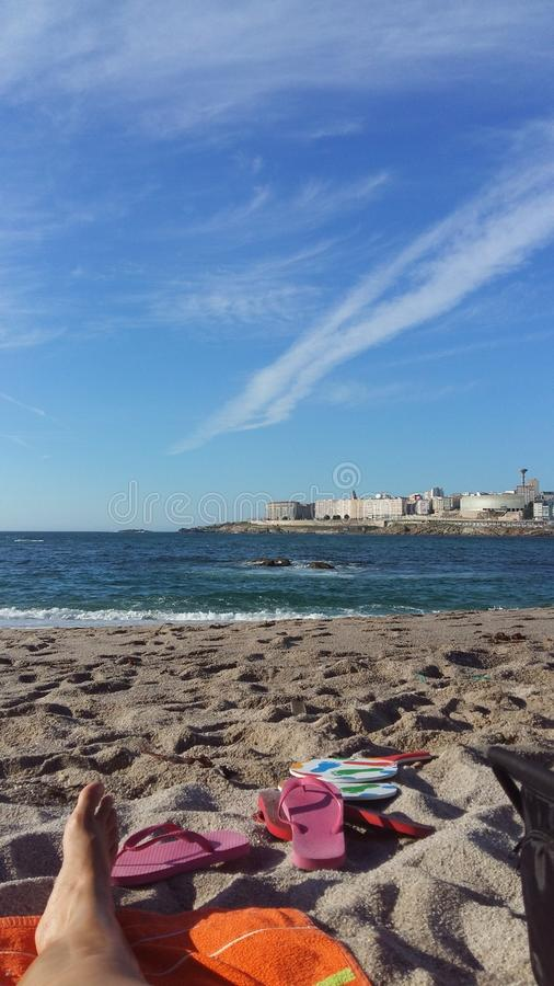 Playa för Trabajando en-la royaltyfria bilder
