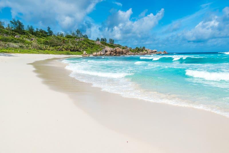 Playa hermosa - Cocos de Anse - La Digue, Seychelles fotografía de archivo
