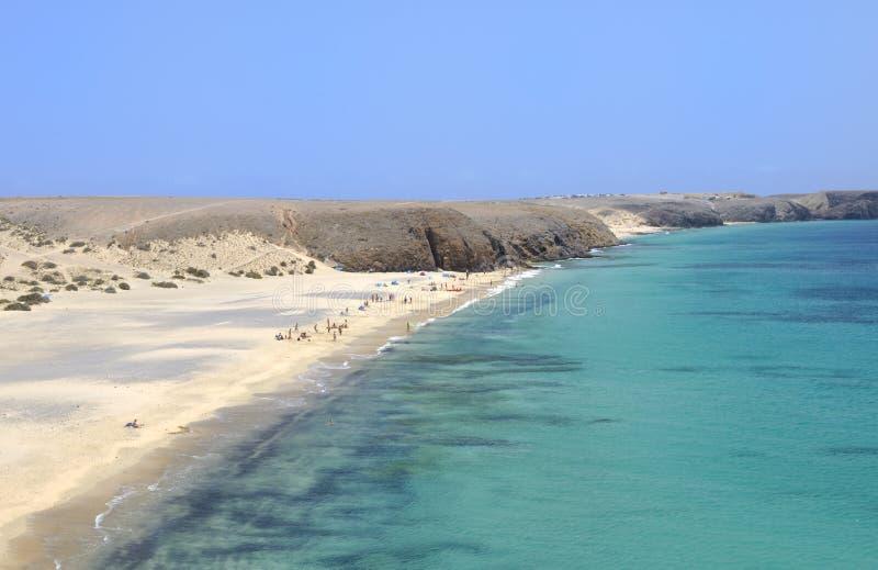 Playa hermosa en Lanzarote foto de archivo libre de regalías