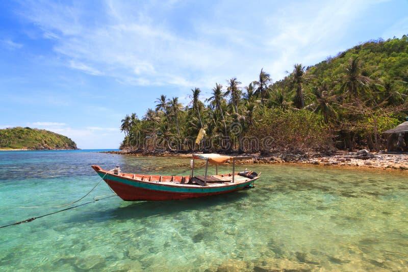 Playa hermosa en las islas de Nam Du, Vietnam fotos de archivo