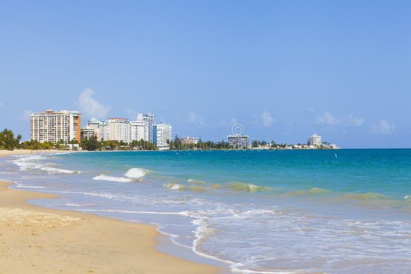 Playa hermosa en San Juan fotos de archivo