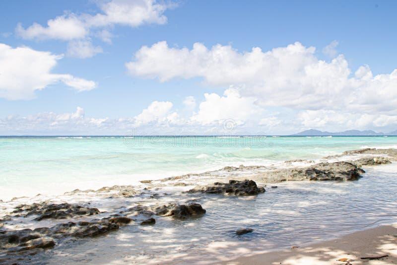 playa hermosa en Seychelles fotografía de archivo libre de regalías