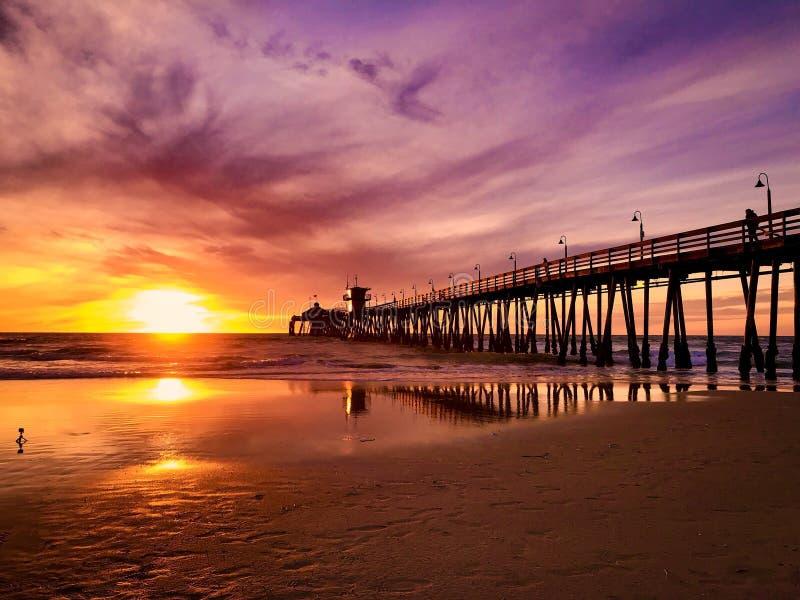 Playa imperial California en la puesta del sol fotos de archivo