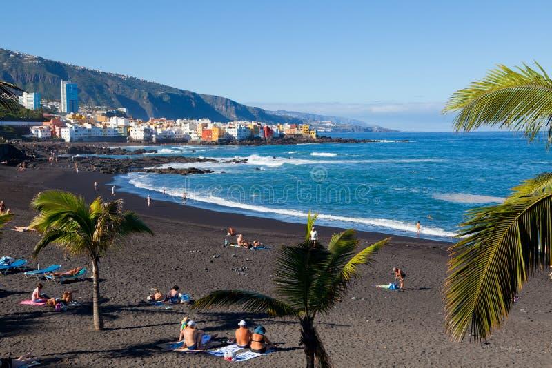 Playa Jardin i Puerto de la Cruz, Tenerife royaltyfri bild