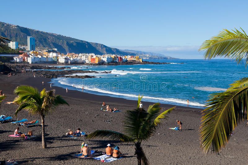 Playa jardin in puerto de la cruz tenerife editorial photo image of water tenerife 28314966 - Playa puerto de la cruz tenerife ...