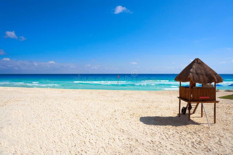 Playa Marlin i den Cancun stranden i Mexico arkivbilder