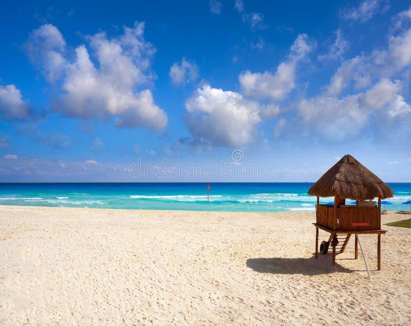 Playa Marlin i den Cancun stranden i Mexico fotografering för bildbyråer