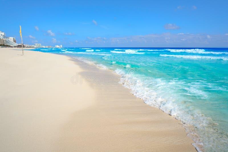 Playa Marlin i den Cancun stranden i Mexico royaltyfri foto