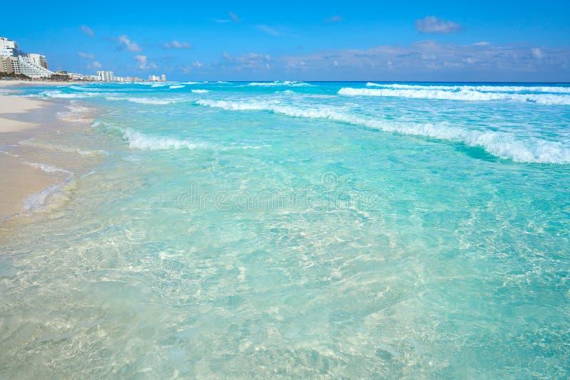 Playa Marlin i den Cancun stranden i Mexico arkivbild