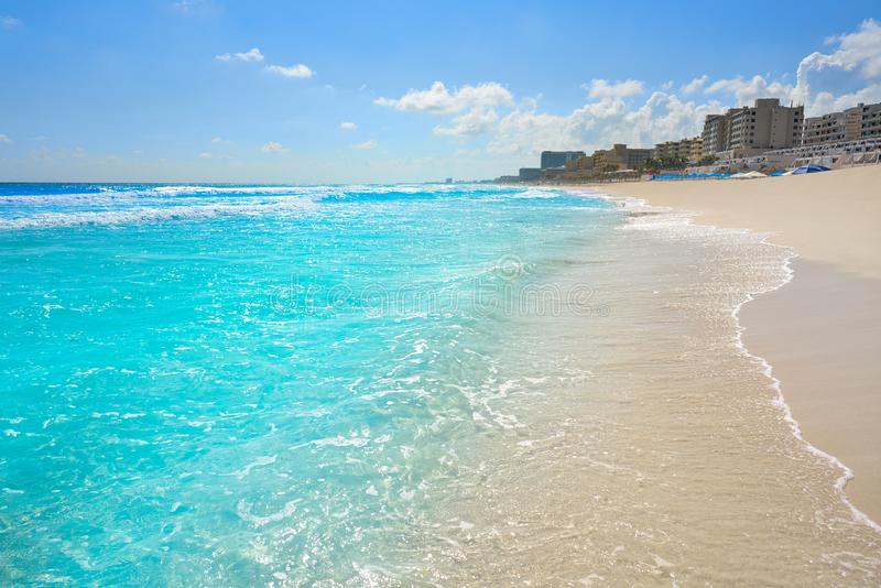 Playa Marlin i den Cancun stranden i Mexico royaltyfri foto