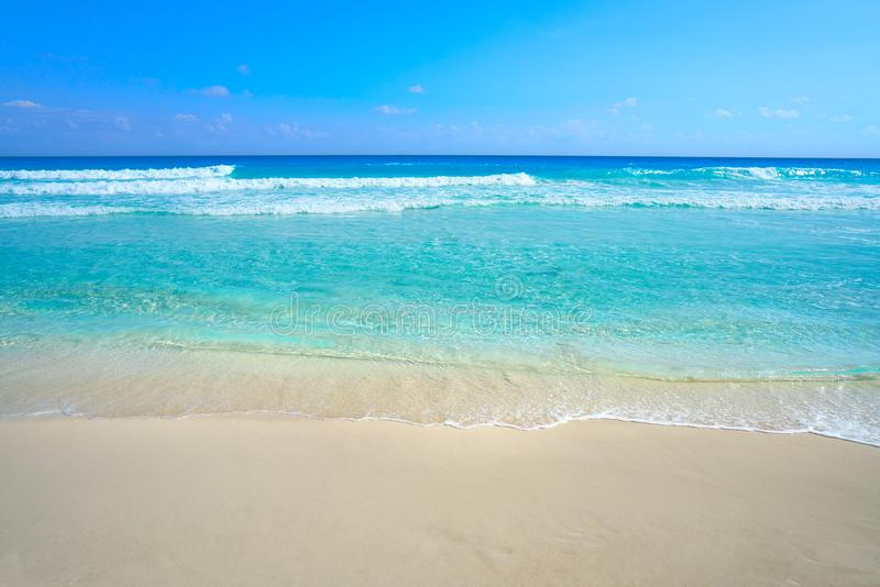 Playa Marlin i den Cancun stranden i Mexico arkivfoton
