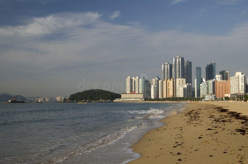 Playa moderna Busán Corea de Haeundae de la arquitectura foto de archivo libre de regalías