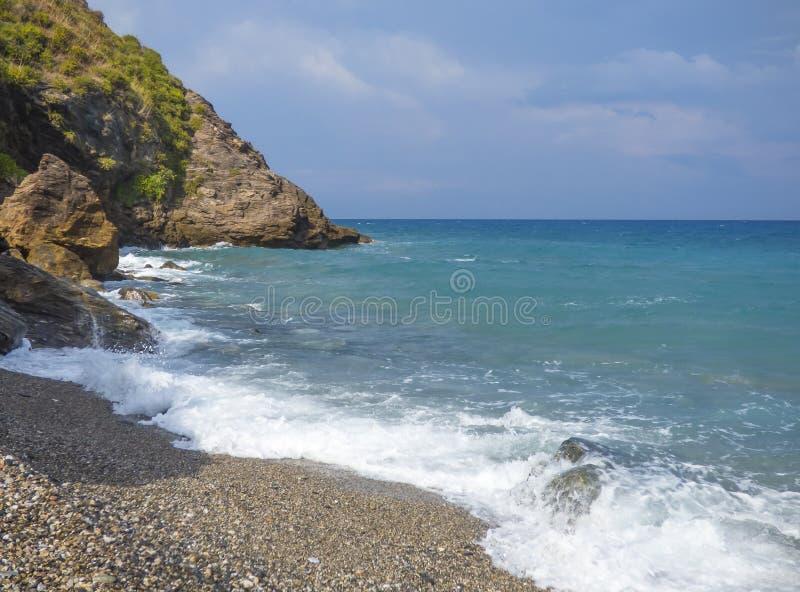 Playa soleada fotos de archivo