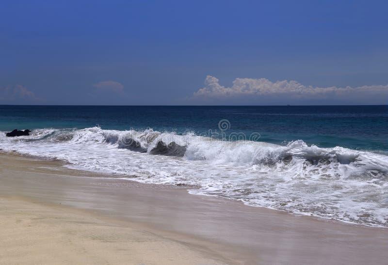 Download Playa Tropical De Whitesand Foto de archivo - Imagen de soledad, escape: 44851008