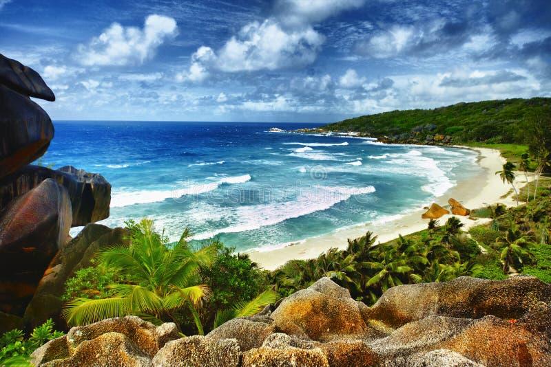 Playa tropical idílica imagen de archivo