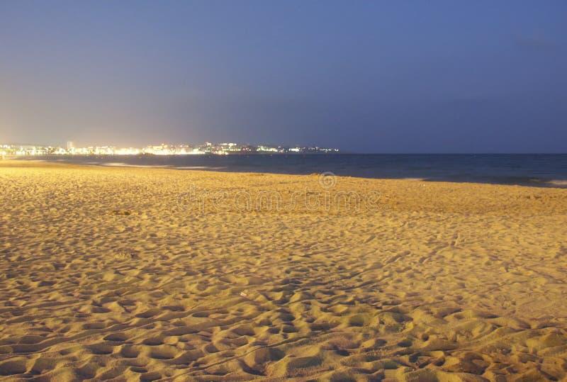Download Playa vacía imagen de archivo. Imagen de agua, arena, playa - 186879
