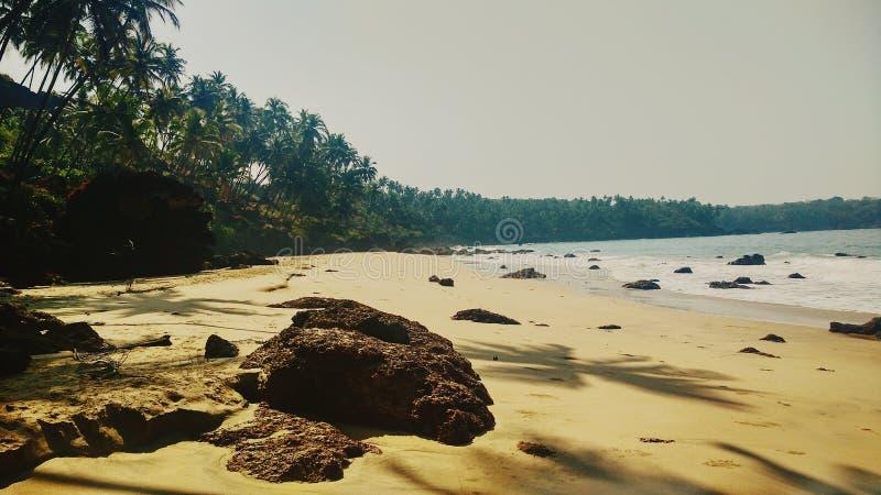 Playa vacía en goa foto de archivo