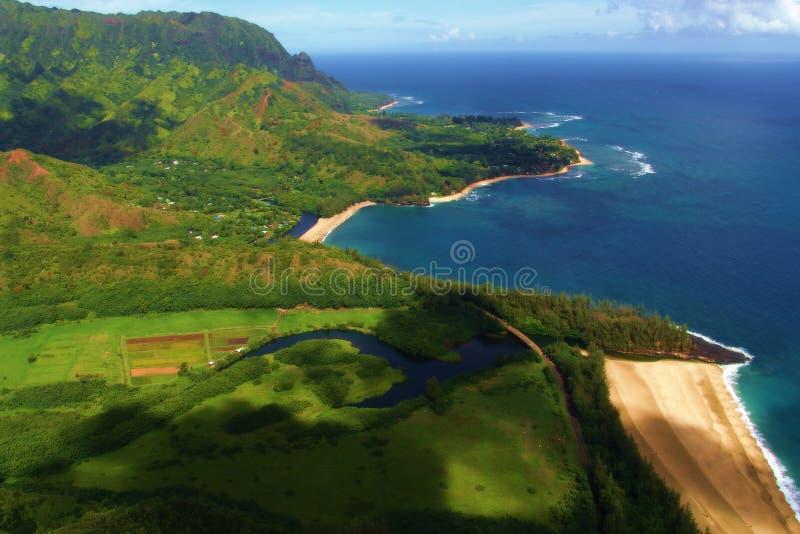 Download Playa vista de mid-air imagen de archivo. Imagen de paisaje - 184441