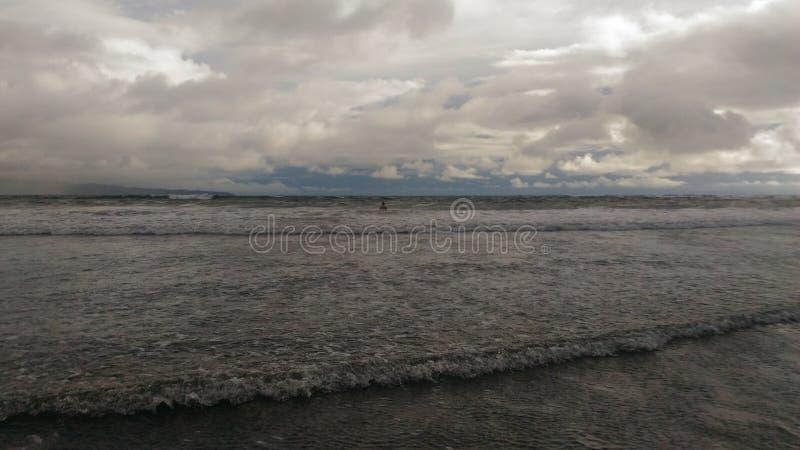Playa volcánica de Hawaii imágenes de archivo libres de regalías