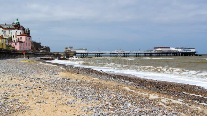 Playa y Pier Norfolk England Reino Unido de Cromer imágenes de archivo libres de regalías