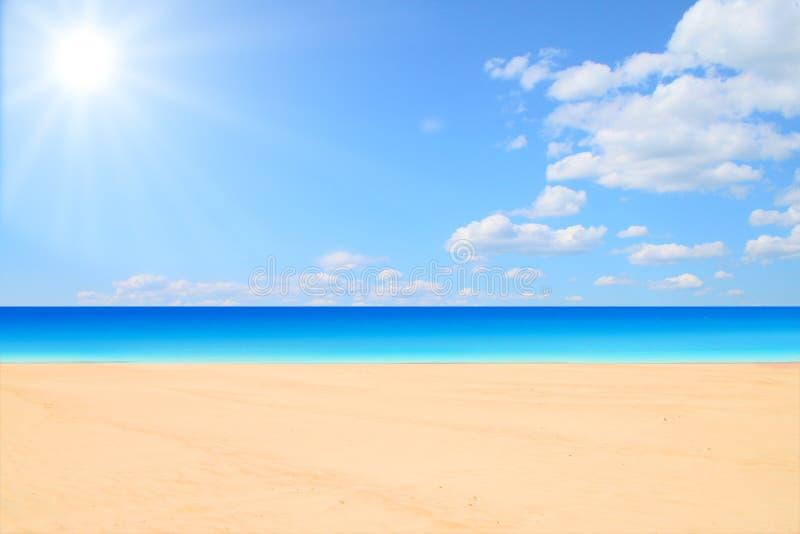 Playa y sol foto de archivo libre de regalías